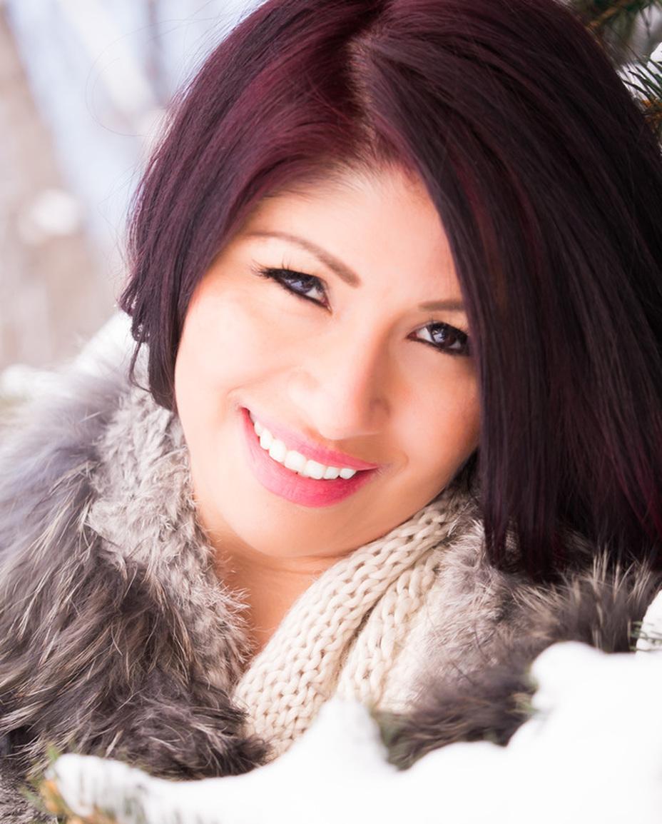model actress head shot portrait
