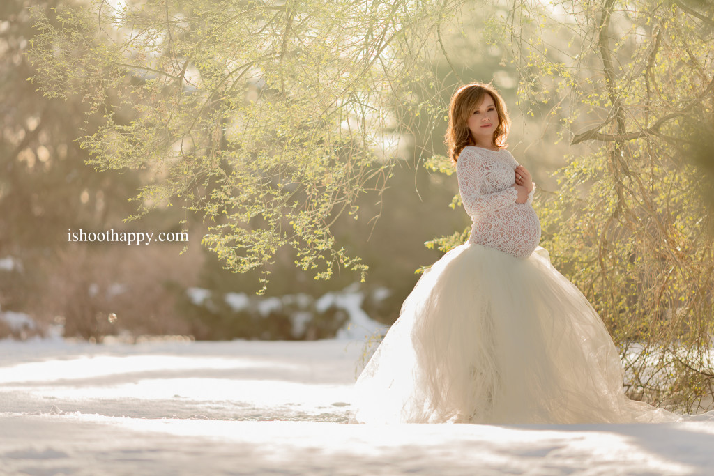 Motherhood photos, Pregnancy Photo, Baby Bump pics, beautiful maternity photography, photo ideas for maternity, tulle skirt, beautiful light photography, Denver Best Maternity photography