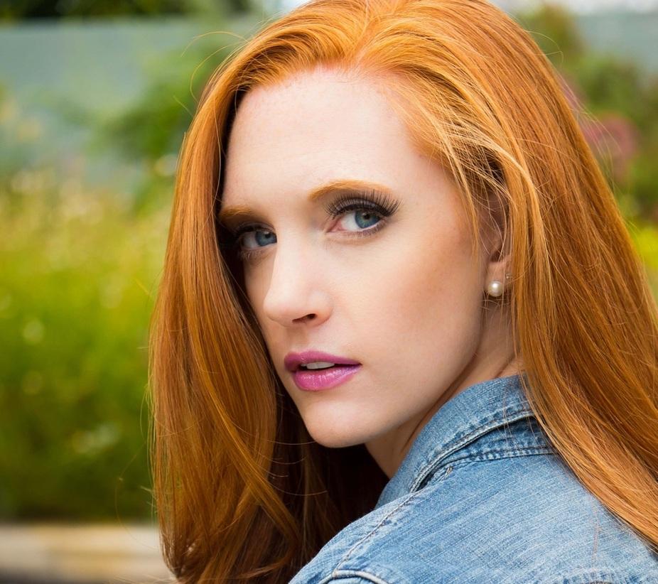 Actress Model Head - Shot Portfolio