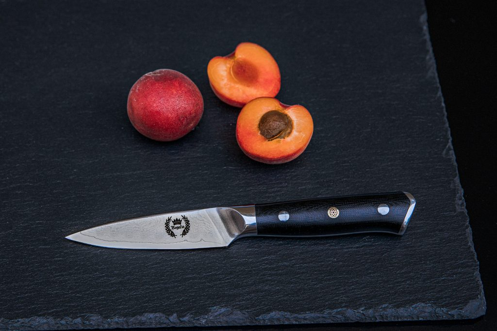 product photographer, styled product photography, item photography, knives, damascus steel, damascus steel knife